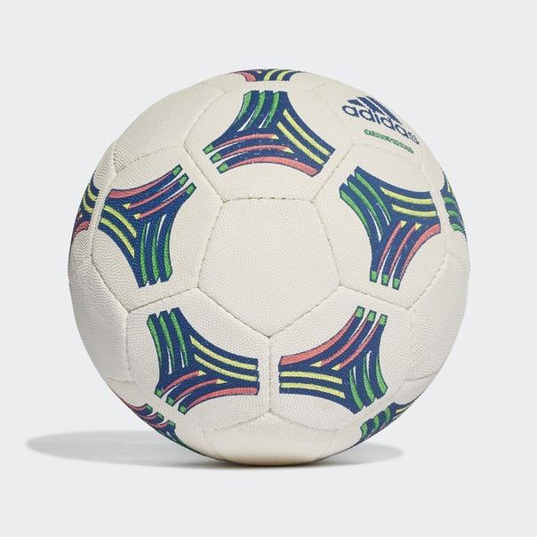 Футбольный мяч TAN Street Skillz