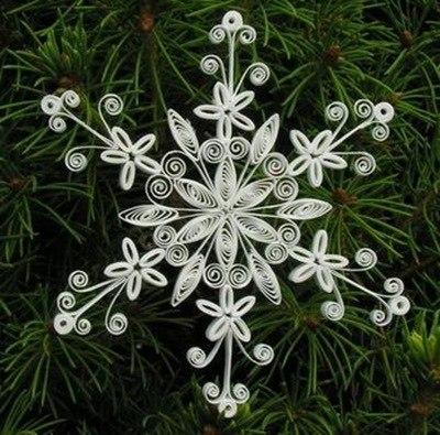 Для изготовления квиллинг снежинок