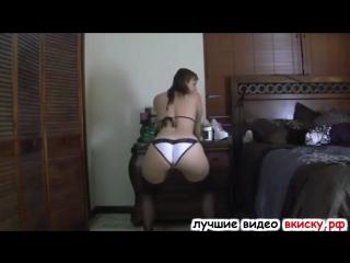 Телочка с классной жопой перед вебкой (интим фото за деньги,номера проституток москва,индивидуалки тольятти)