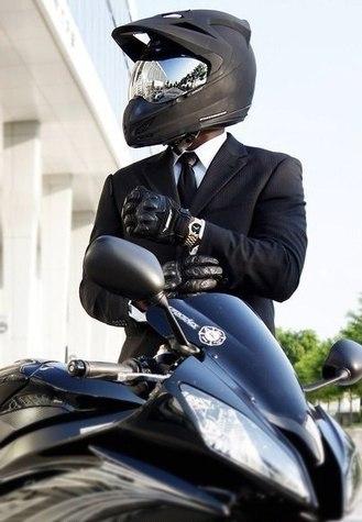 Фото мотоциклистов на аву в вк