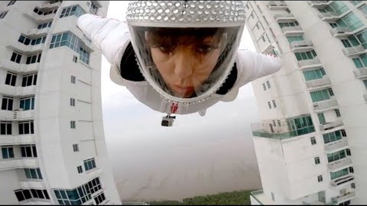 Human Flight (Insane Wingsuit Flying)