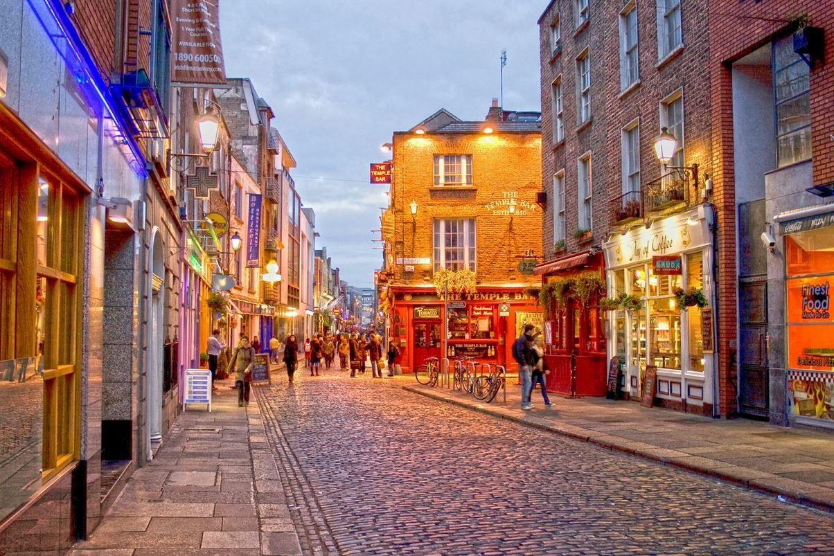 Пешеходная улочка в Дублине