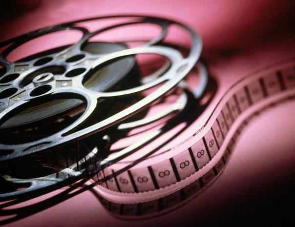 Исследователи из Технологического института Джорджии, США, выяснили, что при просмотре некоторых фильмов человек забывает об окружающей реальности и полностью «погружается» в выдуманный мир. Результаты исследования опубликовал журнал Neuroscience.