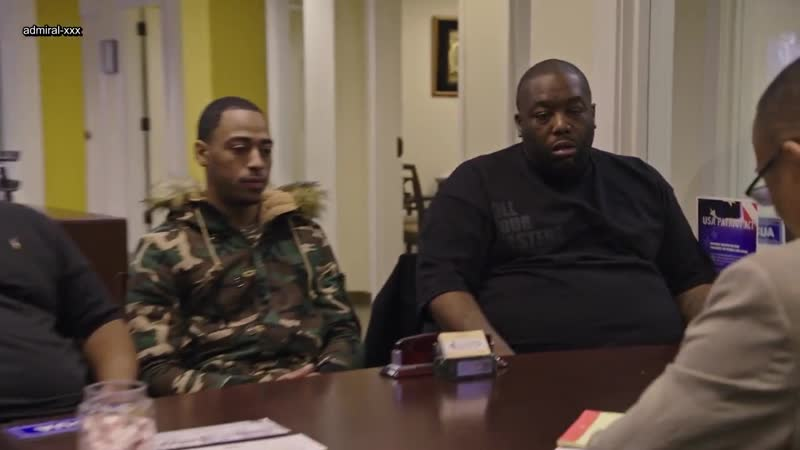 TRIGGER WARNING WITH KILLER MIKE S1E3 WHITE GANG PRIVILEGE [RUS]