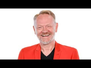 "Jared harris reacts to ""chernobyl"" being the top rated tv show on imdb"