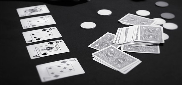 Poker hands videos