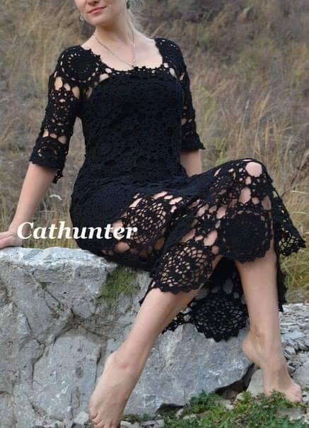 Ажурное платье из мотивов крючком (5 фото) - картинка