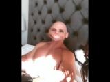 Kissa Sins шикарная зрелая сучка звезда порно и ее классная большая жопа и упругие сиськи, секс мильфа жопы мамки