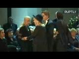 Певица Алла Пугачева с семьей почтила память Иосифа Кобзона на церемонии прощания 02.09.2018 года