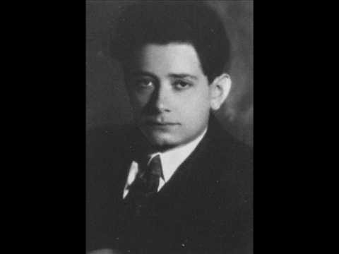 Ginzburg plays Liszt Hungarian Rhapsody No.11