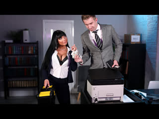[brazzers] valentina ricci stuck in the copier newporn2020