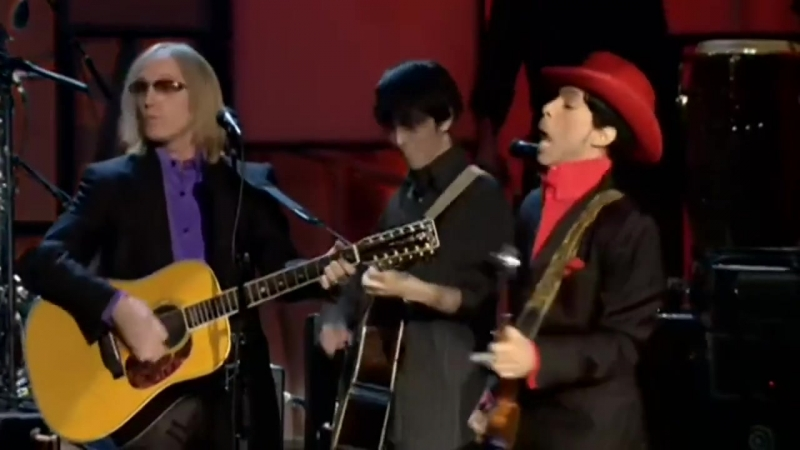 """Prince, Tom Petty, Steve Winwood, Jeff Lynne and others - """"While My Guitar Gently Weeps"""""""