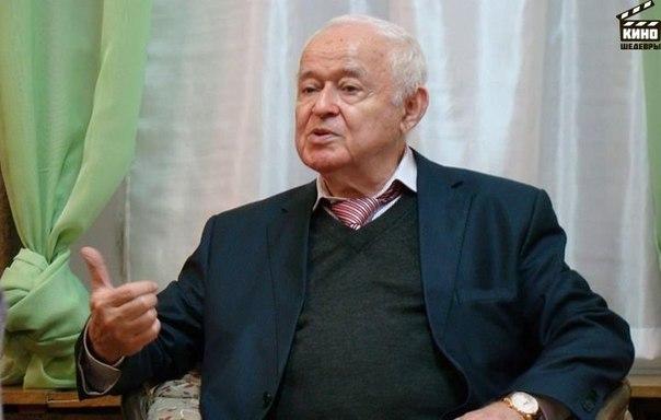 Михаил Ефимович Литвак — психолог и психотерапевт с 40-летним стажем работы, один из самых известных психологов России, кандидат наук.