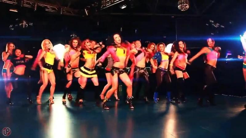 7baRu_queenthe-show-must-go-on--hot-dance-remix--up-music_1492132