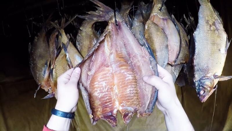 Копчёная рыба . Лещь на ольховом дымку . Страшная вкуснятина