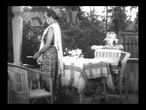 Тимур и его команда 1940 Женя и аккордеон