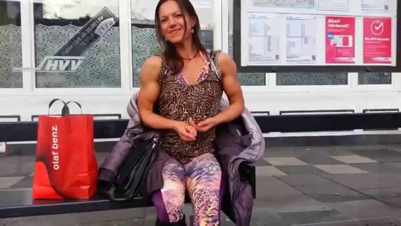 Public flexing