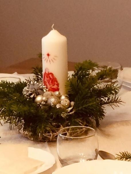 Это рождественский ужин на 1000 персон, организованный в Познани для бедных и одиноких благотворительной организациeй Caritas Poznań