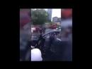 Давшего отпор полицейским владельца Porsche сняли на видео