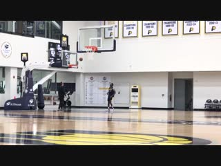 Nothing new with Victor Oladipo. Hes working every day to return. Heres a look at his on-court work with assistant coach Bill Ba