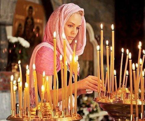 Храни, Господь, всех тех, кого люблю, Кто мне так дорог в жизни этой очень. Всех тех, кому помочь я не могу – Ты помоги, прошу тебя, мой Отче!