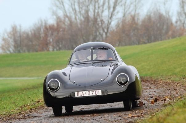 История появления немецкого гоночного автомобиля Porsche Type 64.