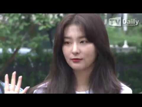 [TD영상] 레드벨벳(Red Velvet)-오마이걸(OH MY GIRL)-러블리즈 등, 아침에도 빛나는 걸그룹 미모