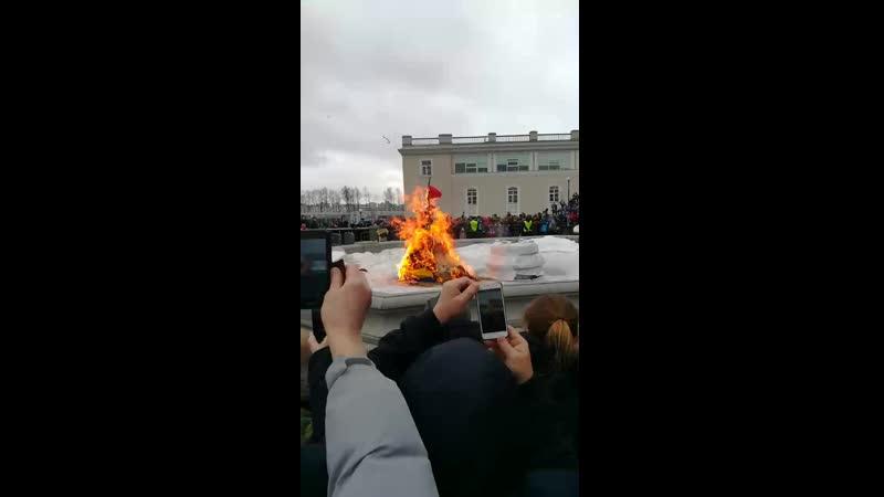 сжигание масленицы на Зенит Арене.mp4