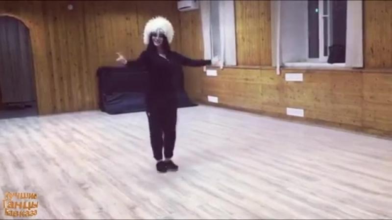 2yxa_ru_Vot_YEto_Lezginka_Vot_kak_nado_tancevat_Pod_krasivoy_Muzykoy_Potomu