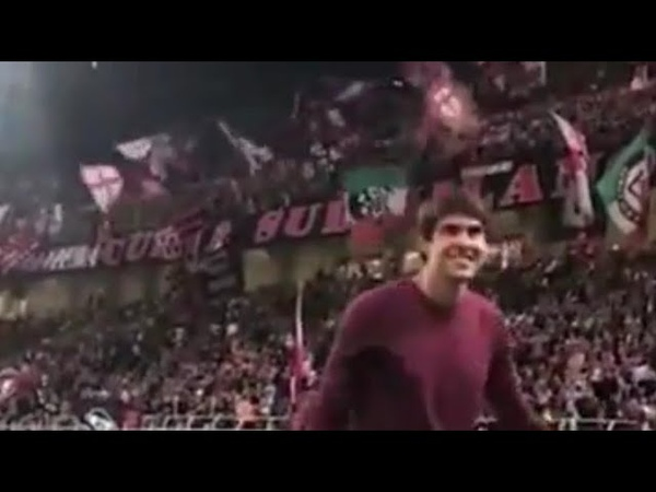 Kaká received a warm welcome from AC Milan fans on his return to San Siro last night ⚫️🔴 (via IG: