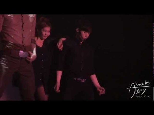 [FANCAM] 120225 JUNHO Hands Up Asia Tour in Nanjing - Back2U