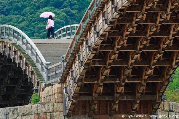 Мост Кинтай – золотой парчовый пояс Японии