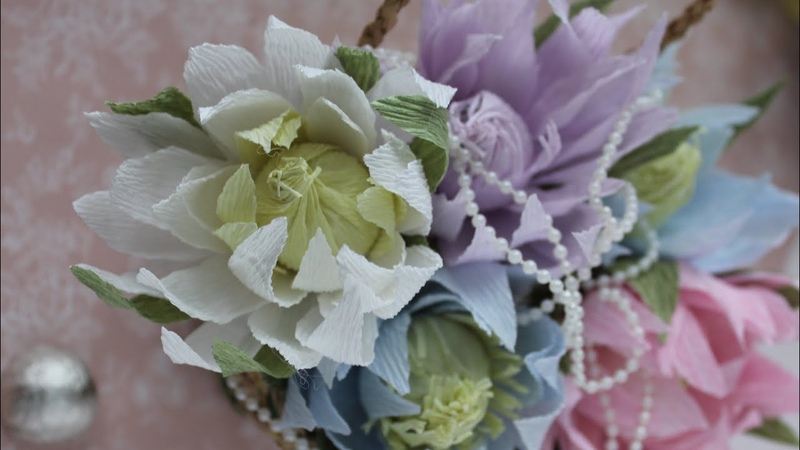 Кувшинка из бумаги и конфеты Водяная лилия своими руками DIY Crepe paper Water lily