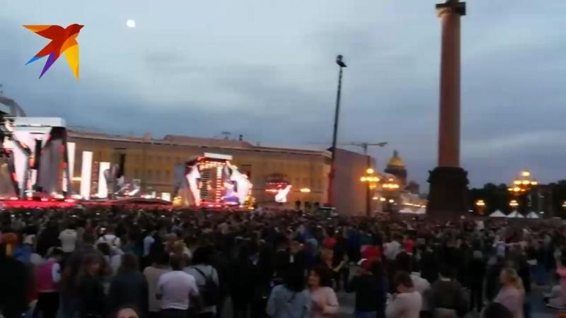 Видео с праздника Алые паруса 2018 в Санкт-Петербурге: Концерт на Дворцовой площади