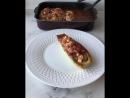 Кабачки фаршированные индейкой в томатном соусе с базиликом