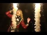 Taylor Swift - We Are Never Ever Getting Back Together (Live MTV EMA 2012)