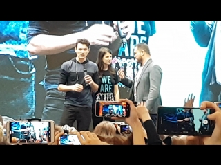 Брайан Декарт и Эмили Роуз на Comic-Con 2018 :)