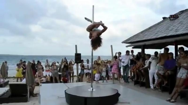 Конкурс танцев на шесте .mp4.mp4