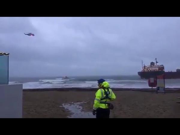 Сухогруз Кузьма Минин сел на мель у берегов Британии