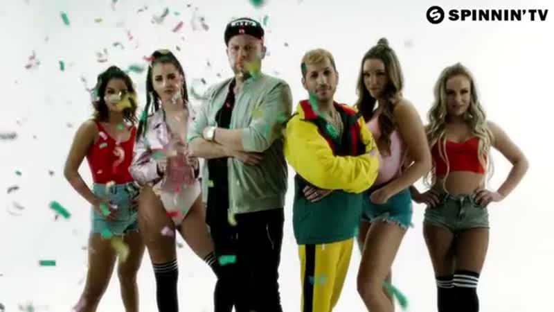 Jody Bernal, Billy The Kit - Macarena (feat. Nicole Jung) [Official Music Video] (1)