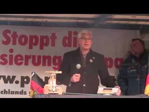 PEGIDA Dresden 5. Weihnachtssingen 16.12.2018 Eröffnung mit Wolfgang Taufkirch Lutz Bachmann