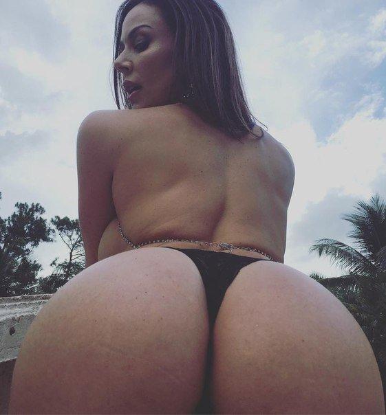 Black models porn big boobs and ass