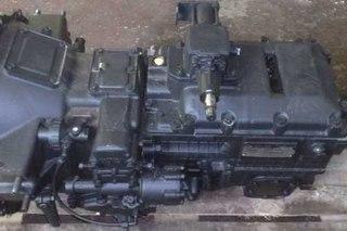 Управление коробкой передач. от основной коробки передач с двух сторон через люки по ГОСТ 12323; с... механическое...