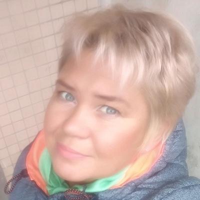 Лара Куликова