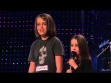 6-ти летняя девочка поет песню на шоу