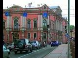 В Санкт-Петербурге старинные здания перестроят под парковки