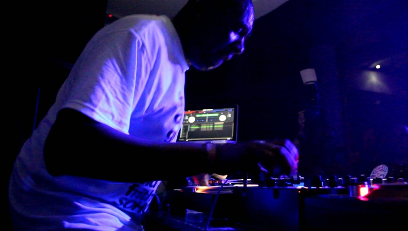 DJ Marky feat. Stamina MC @ Ripping - Sun and Bass 04092012 (Part 310)