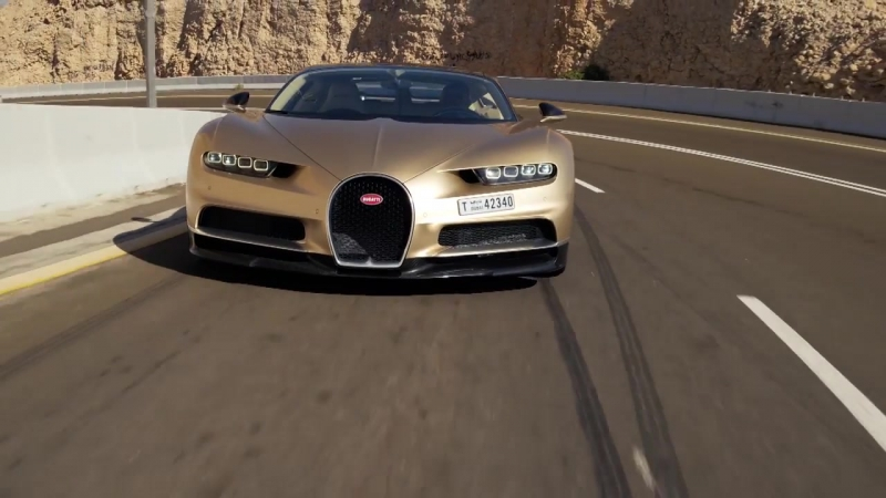 CoD | The 261mph Bugatti Chiron - Chris Harris Drives - Top Gear
