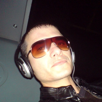 Антон Большаков