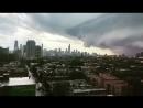 Приближение шквалового ворота и ливня ППО к городу Чикаго, Иллинойс, США 03.09.2018.